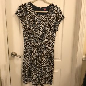 Flattering Vince Camuto dress